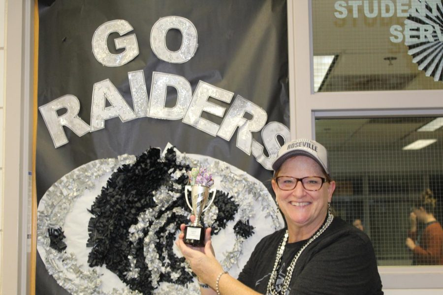 Kris Elfstrom from student support services wins RAHS door decorating competition